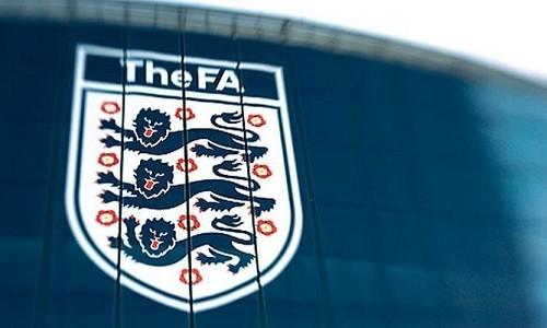 Англия вводит санкции за расизм для зрителей и игроков