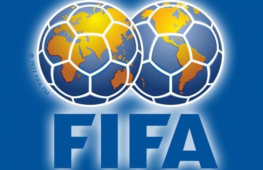Россия опустилась на 2 строчки в рейтинге ФИФА. Теперь мы 34-е